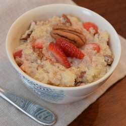 Easy Strawberry Pecan Breakfast Quinoa