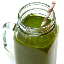 Frozen Grape Spirulina Smoothie